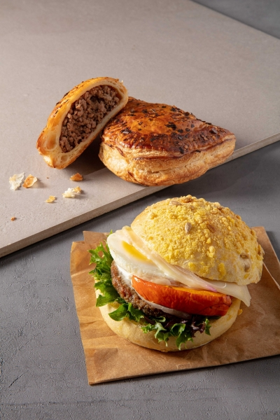 hk maize impossible sandwich spiced impossible puff