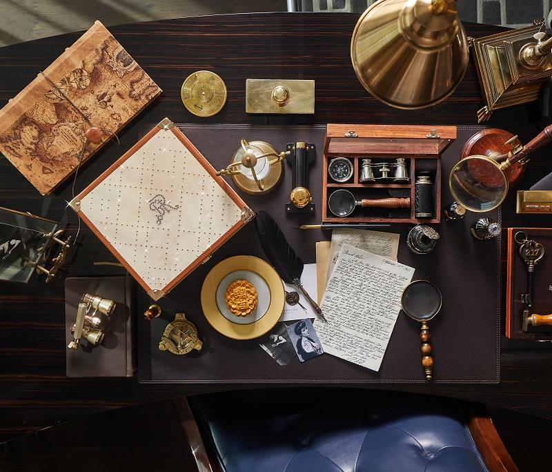 inpired by john jacob astor ivs stationery trunk 2